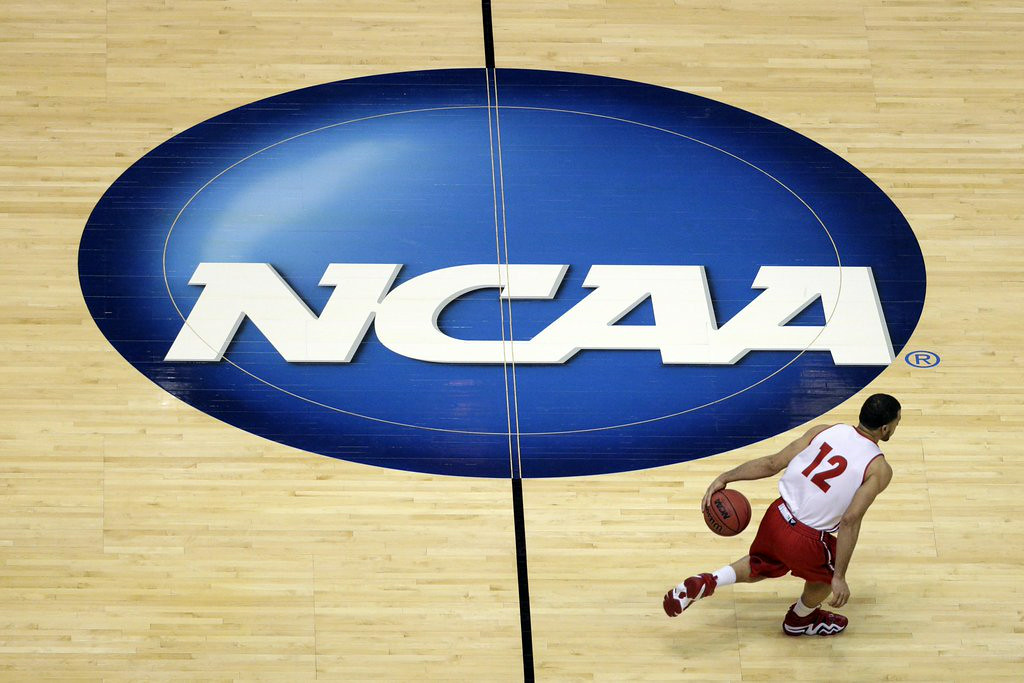 """. 6. NCAA <p>Takes as bad a beating in court as any of its teams has ever taken on the court. (unranked) </p><p><b><a target=\""""_blank\""""> LINK </a></b> </p><p>    (AP Photo/Jae C. Hong)</p>"""