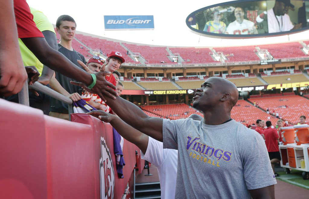 """. 3. NFL PRESEASON WEEK 4 <p>A great time to watch all of the league�s greatest stars. In street clothes. (unranked) </p><p><b><a href=\""""http://www.twincities.com/vikings/ci_26409160/vikings-christian-ponder-says-hes-no-audition-other\"""" target=\""""_blank\""""> LINK </a></b> </p><p>    (AP Photo/Charlie Riedel)</p>"""