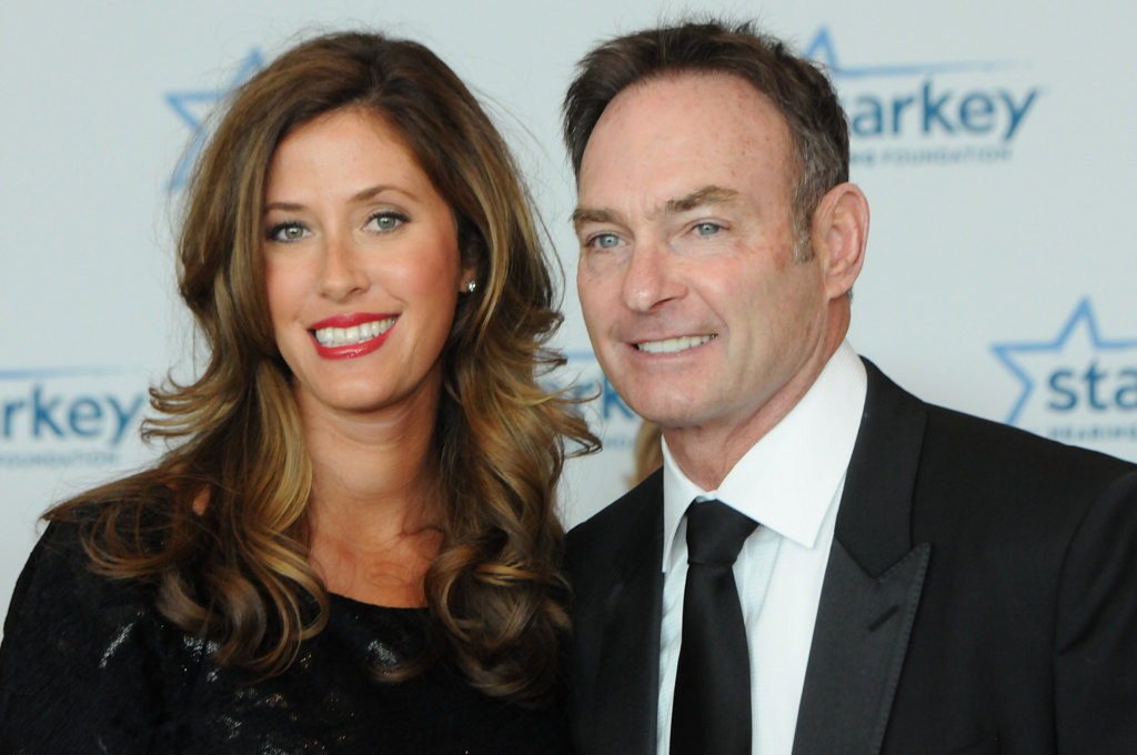 . Former Minnesota Twin and hall of famer Paul Molitor and his wife, Destini, pose for photos. (Pioneer Press: Ginger Pinson)