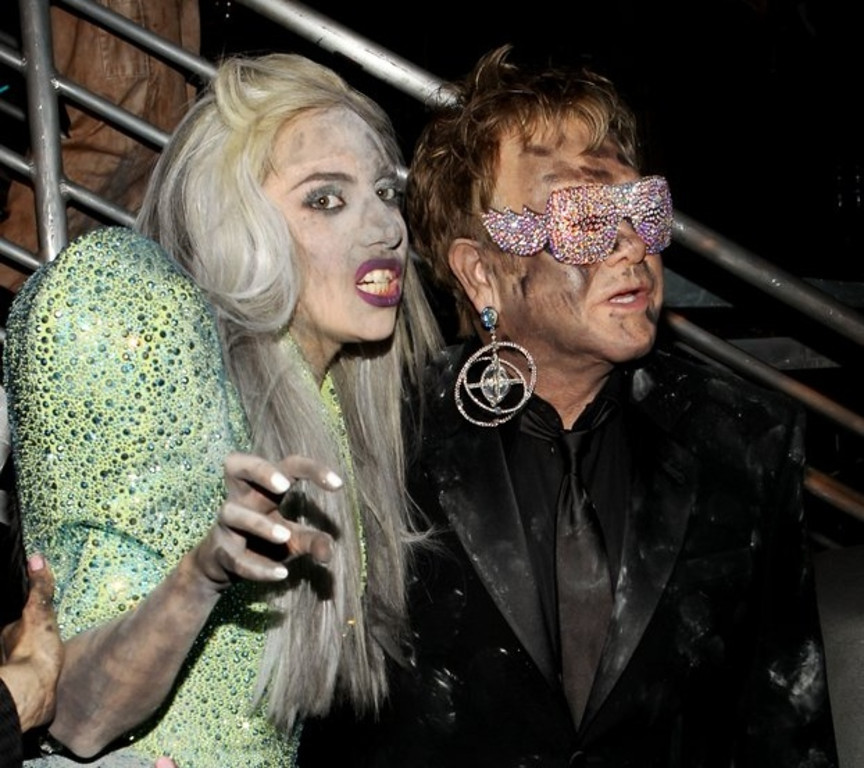 ". <p>4. LADY GAGA <p>If Elton John says you�re a hot mess, that IS saying something. (unranked) <p><b><a href=\'http://pagesix.com/2013/09/16/elton-miley-a-meltdown-waiting-to-happen/\' target=""_blank\""> HUH?</a></b> <p>     (Christopher Polk/Getty Images)"