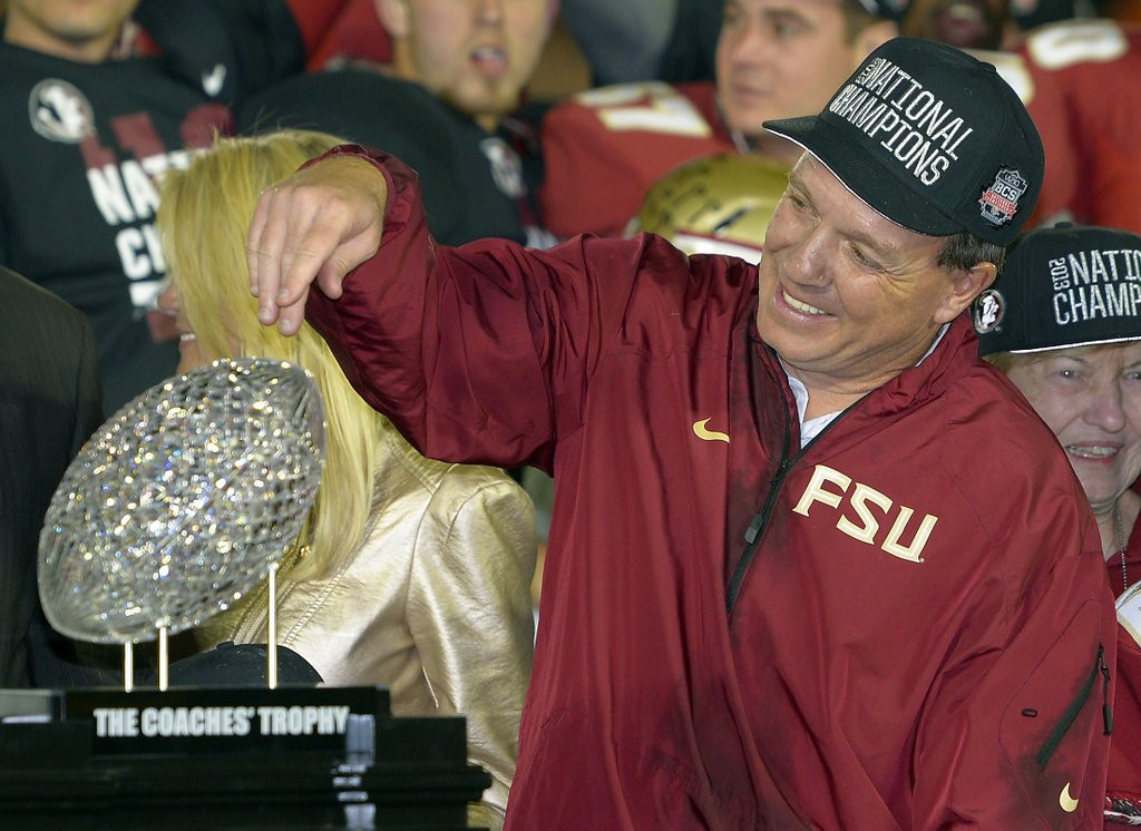 """. <p>1. (tie) BOWL CHAMPIONSHIP SERIES <p>Dear lousy playoff substitute: Don�t let the door hit you in the ass. Signed, Everybody. (unranked) <p><b><a href=\'http://espn.go.com/college-football/bowls13/story/_/id/10250044/2014-vizio-bcs-national-championship-tickets-cheapest-14-year-history\' target=\""""_blank\""""> HUH?</a></b> <p>    (AP Photo/Mark J. Terrill)"""