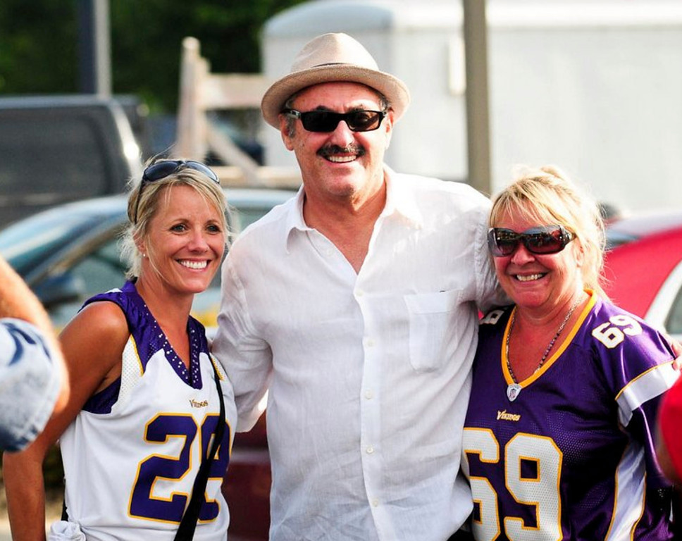 """. <p>3. (tie) ZYGI WILF  <p>New Jersey carpetbagger does have one thing in common with most Minnesotans: He couldn�t care less what Mark Dayton thinks. (1) <p><b><a href=\'http://www.twincities.com/localnews/ci_23860669/faith-vikings-undermined-by-owners-mark-dayton-says\' target=\""""_blank\""""> HUH?</a></b> <p>    (Pioneer Press: Ben Garvin)"""