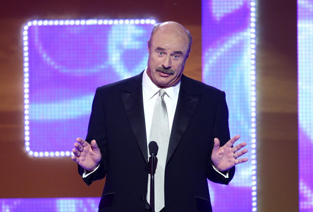 ". <p><b> Dr. Phil McGraw raised eyebrows last week when he asked Twitter followers if it was OK to have sex with a � </b> <p> A. Drunk girl  <p> B. Drugged housekeeper  <p> C. Bloated assclown <p><b><a href=\'http://www.myfoxtwincities.com/story/23221798/dr-phil-tweets-then-deletes-message-about-sex-with-drunk-women\' target=""_blank\"">HUH?</a></b> <p>   (Alberto E. Rodriguez/Getty Images)"