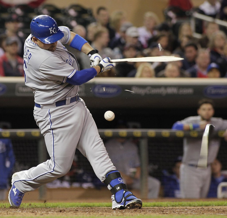 """. <p>10. (tie) KANSAS CITY ROYALS  <p>Sweep by Twins shows they�re well on their way to their 29th consecutive crap season. (unranked) <p><b><a href=\'http://www.twincities.com/twins/ci_25559218/minnesota-twins-beat-kansas-city-royals-4-3\' target=\""""_blank\""""> HUH?</a></b> <p>   (AP Photo/Paul Battaglia)"""