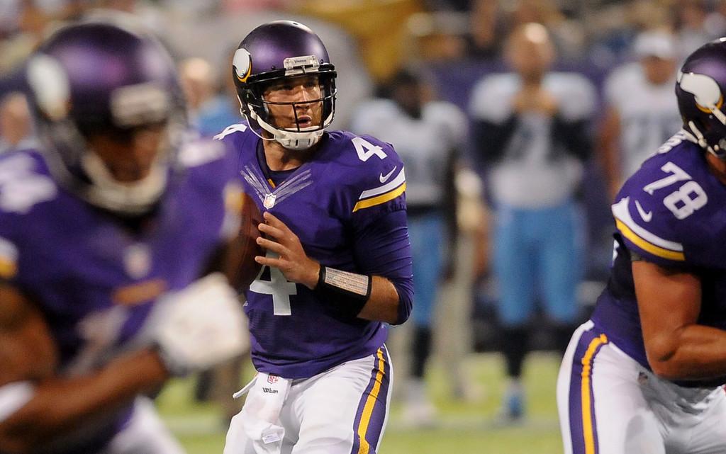 . Vikings quarterback McLeod Bethel-Thompson works the pocket during the fourth quarter against the Titans.  (Pioneer Press: Sherri LaRose-Chiglo)