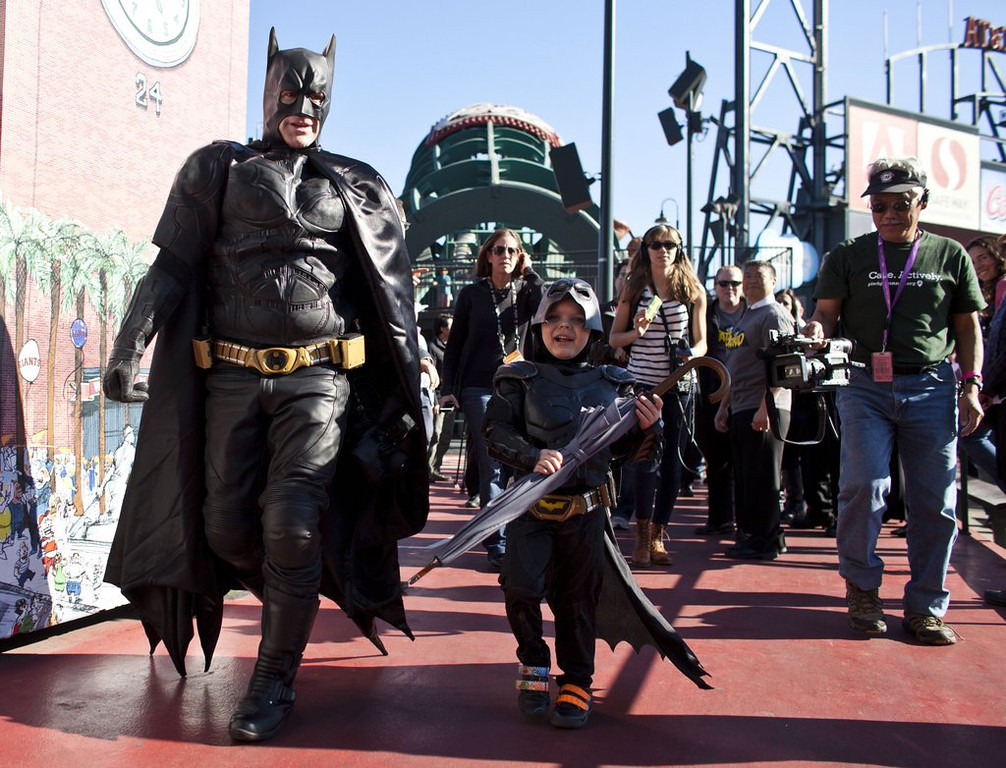 """. <p>4. (tie) BATKID <p>Apparently, Spiderman thought the cancer kid wasn�t up to Academy Award standards. (unranked) <p><b><a href=\'http://pagesix.com/2014/03/05/andrew-garfield-snubbed-batkid-at-oscars/\' target=\""""_blank\""""> HUH?</a></b> <p>   (Ramin Talaie/Getty Images)"""