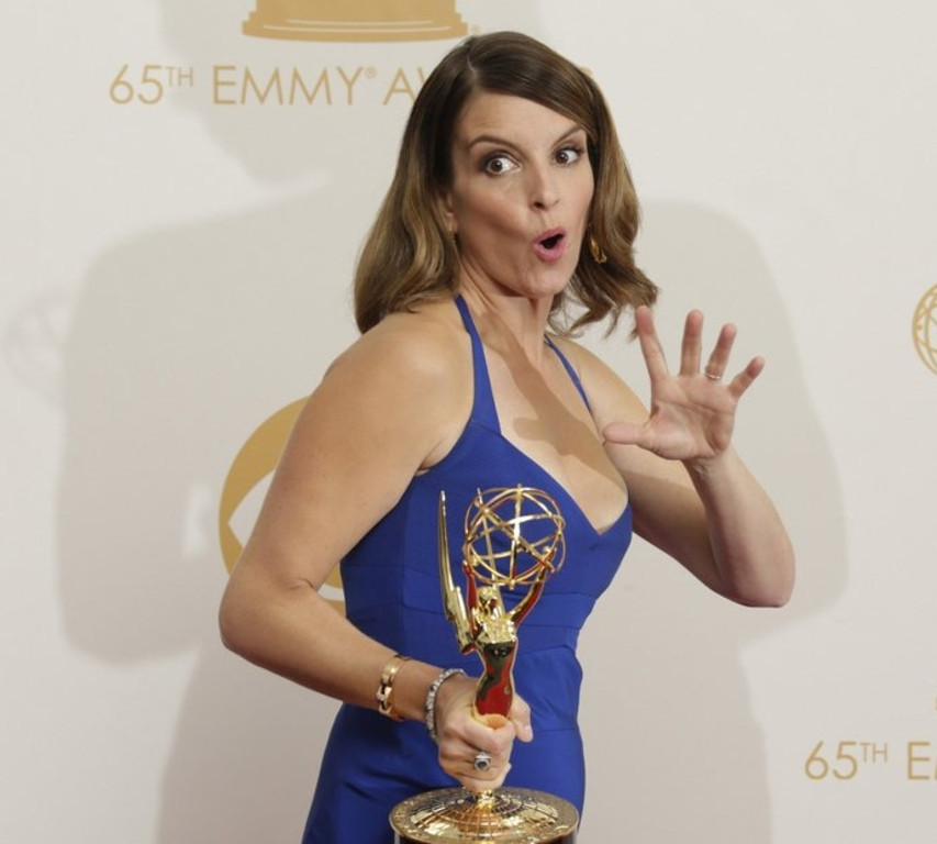 """. <p>4. TINA FEY <p>If this woman�s wardrobe malfunction is THE highlight of your awards show � Ay carumba! (unranked) <p><b><a href=\'http://www.eonline.com/news/462009/emmys-wardrobe-malfunction-tina-fey-suffers-nip-slip-onstage\' target=\""""_blank\""""> HUH?</a></b> <p>    (Lawrence K. Ho/Los Angeles Times/MCT)"""
