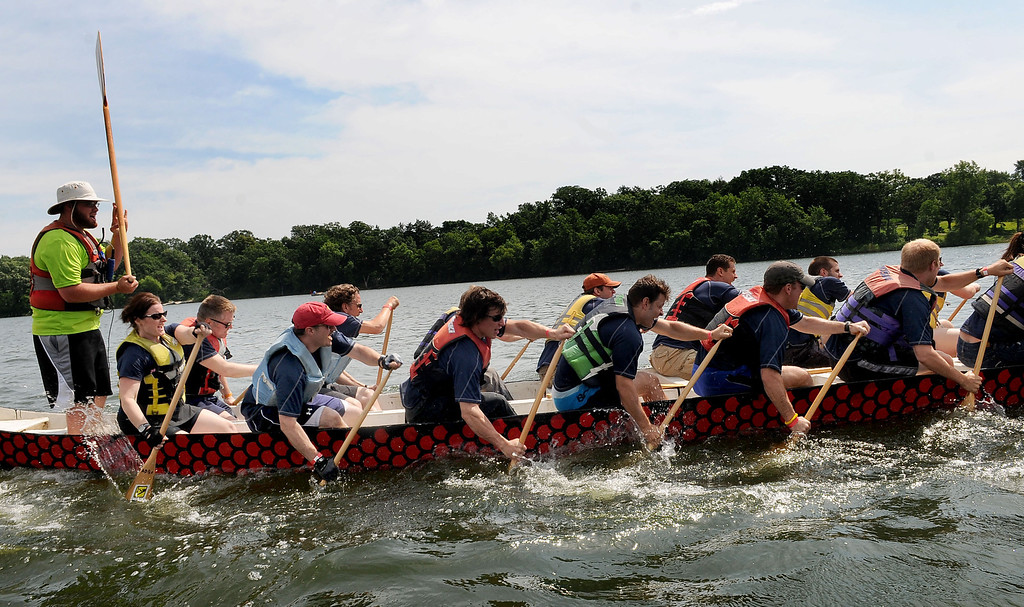 . Rowers Team Axcelerate Fitness dig deep during dragon boat practice on Sunday morning. (Pioneer Press: Sherri LaRose-Chiglo)