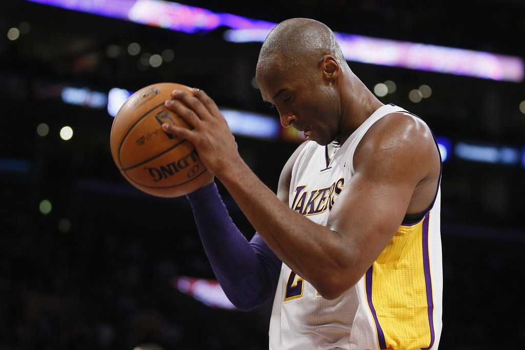""". <p>5. KOBE BRYANT <p>The spirit is willing, but the Achilles is very, very weak. (unranked) <p><b><a href=\'http://espn.go.com/los-angeles/nba/story/_/id/10107791/kobe-bryant-los-angeles-lakers-pleased-critical-return-achilles-injury\' target=\""""_blank\""""> HUH?</a></b> <p>    (AP Photo/Danny Moloshok)"""