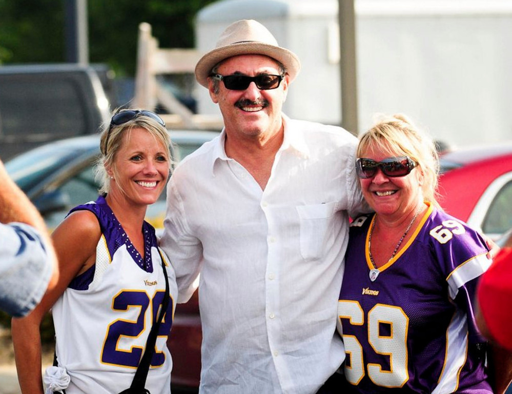 """. <p>1. ZYGI WILF     <p>You think it�s easy getting a billion dollar stadium when EVERYONE knows you�re got �evil motive�? <p><b><a href=\'http://www.nj.com/morris/index.ssf/2013/08/judge_announces_award_to_wilfs_business_partners_in_epic_lawsuit.html\' target=\""""_blank\""""> HUH?</a></b> <p>    (Pioneer Press: Ben Garvin)  <br><p><b><a href=\'http://www.youtube.com/watch?v=CRrciJ3yE6Y\' target=\""""_blank\""""> AND NOW � A SONG FOR THE LOOP MVP ... </a></b>"""