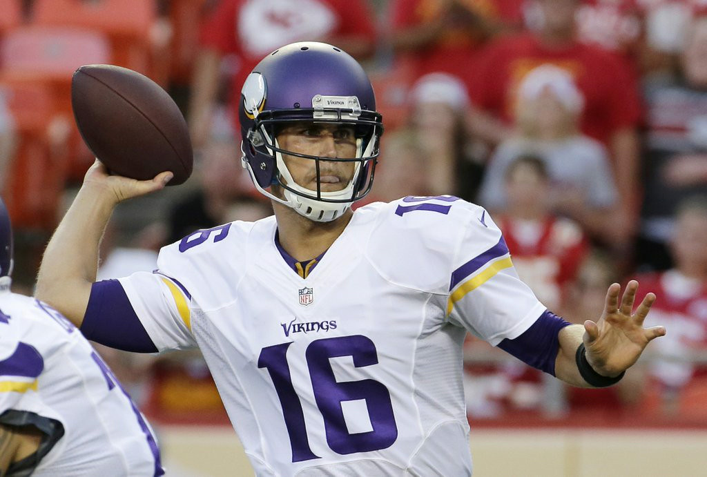 ". 1. MATT CASSEL <p>Now that he�s the official starter, Vikings fans can get ready to boo him off the field. (unranked) </p><p><b><a href=""http://www.twincities.com/sports/ci_26401179/vikings-players-told-matt-cassel-will-start-at\"" target=\""_blank\""> LINK </a></b> </p><p>    (AP Photo/Charlie Riedel)</p>"