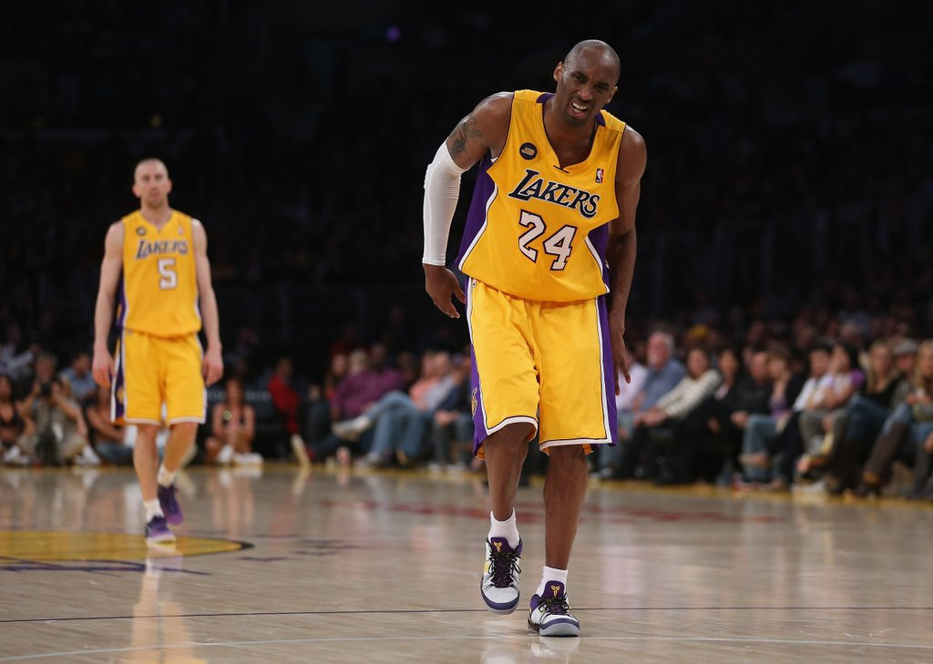 ". <p>6. KOBE BRYANT <p>Yeah, like there was ANY chance he was going to reboard the Lakers� Titanic this season. (unranked) <p><b><a href=\'http://espn.go.com/los-angeles/nba/story/_/id/10596904/kobe-bryant-magic-johnson-challenge-los-angeles-lakers-management\' target=""_blank\""> HUH?</a></b> <p>    (Jeff Gross/Getty Images)"