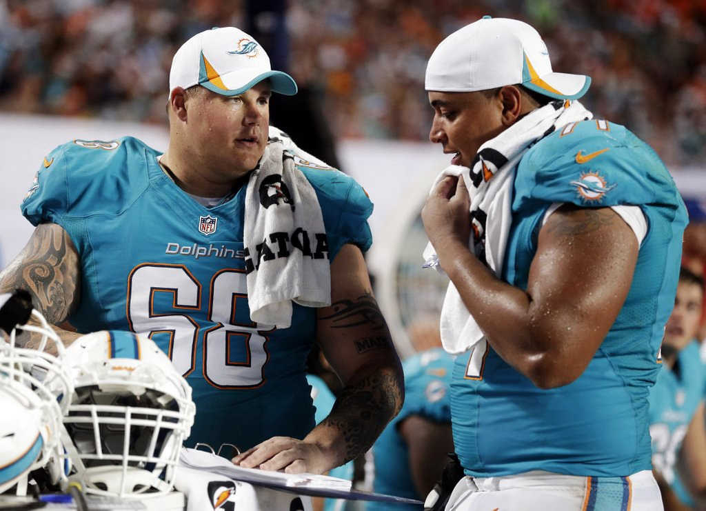 """. <p>5. (tie) RICHIE INCOGNITO <p>Felt the need to remind everyone that, all things being equal, he�s still one of the world�s biggest asses. (unranked) <p><b><a href=\'http://q.usatoday.com/2014/02/12/richie-incognito-is-only-hurting-himself-by-lashing-out-at-jonathan-martin/\' target=\""""_blank\""""> HUH?</a></b> <p>    (AP Photo/Wilfredo Lee, File)"""