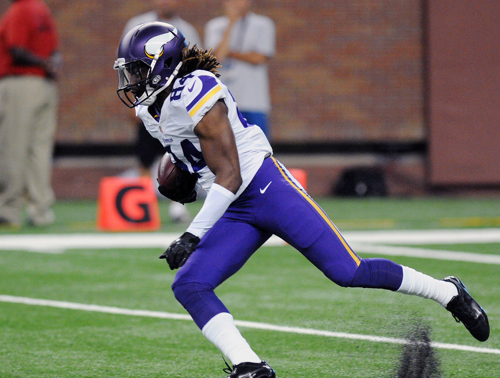 . Vikings wide receiver Cordarrelle Patterson returns a kickoff in the third quarter against the Lions.  (Pioneer Press: Chris Polydoroff)