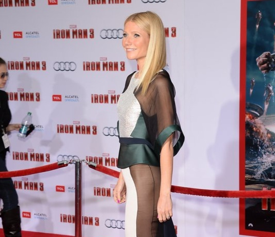 ". <p>7. (tie) GWYNETH PALTROW <p>Making sure EVERYONE will read the Vanity Fair expose she�s trying to quash. (unranked) <p><b><a href=\'http://entertainment.time.com/2013/10/19/vanity-fair-investigating-gwyneth-paltrow-relationship-with-miami-billionaire-report/\' target=""_blank\""> HUH?</a></b> <p>    (Jason Merritt/Getty Images)"