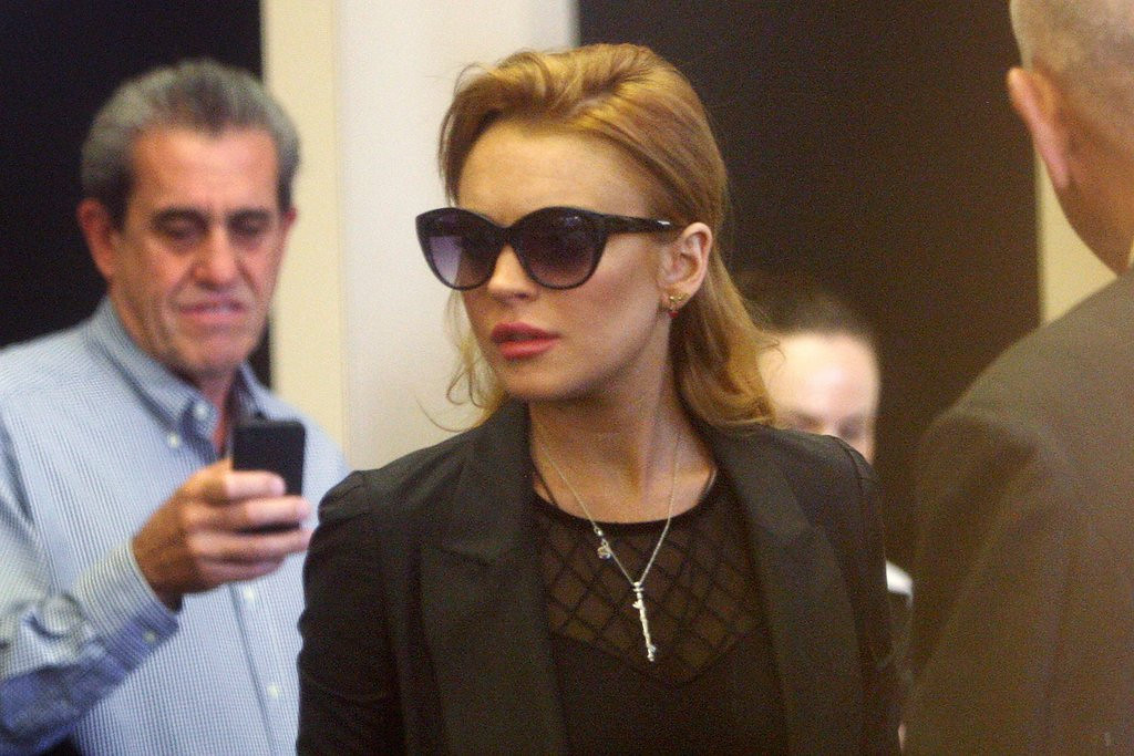 """. <p>3. LINDSAY LOHAN <p>Interview with Oprah includes the least surprising addiction admission since Winnie the Pooh told her he was hooked on honey. (unranked) <p><b><a href=\'http://www.twincities.com/entertainment/ci_23891607/lindsay-lohans-vow-oprah\' target=\""""_blank\""""> HUH?</a></b> <p>    (David McNew/Getty Images)"""