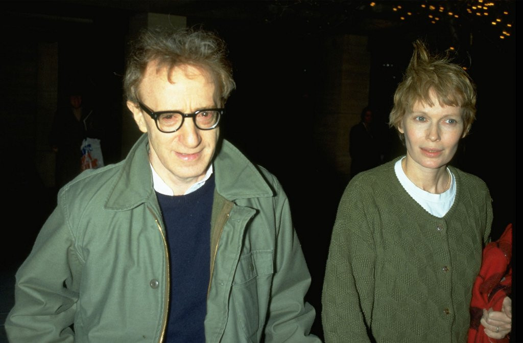 ". <p>2. VALENTINE�S DAY <p>A great time to head over to your partner�s place and ogle her daughters. (unranked) <p><b><a href=\'http://www.nydailynews.com/entertainment/gossip/mia-farrow-threatening-1992-valentine-day-woody-allen-article-1.1605686\' target=""_blank\""> HUH?</a></b> <p>    (Photo by Diane Freed)"