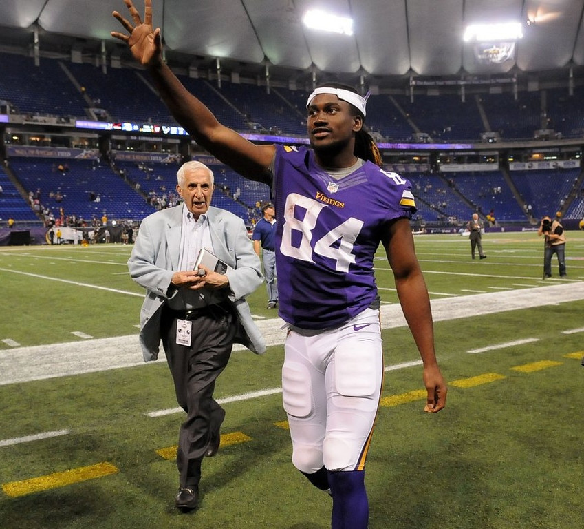 ". <p><b> Vikings rookie Cordarrelle Patterson learned, after only one exhibition game in Minnesota, that he � </b> <p> A. Could be a potent weapon returning kicks  <p> B. Will be a prominent part of the Minnesota offense  <p> C. Cannot outrun a 93-year-old sports writer <p>   (Pioneer Press: Sherri LaRose-Chiglo) <p><b><a href=\'http://www.twincities.com/sports/ci_23834269/minnesota-vikings-cordarrelle-pattersons-first-play-yields-field\' target=""_blank\"">HUH?</a></b>"