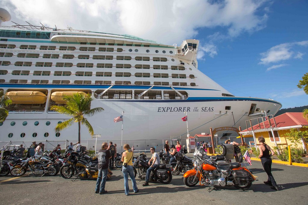 """. <p><b> A Royal Caribbean cruise was cut short this week when more than 600 passengers were stricken with gastrointestinal illness. The incident occurred aboard the ship named � </b> <p> A. Explorer of the Seas <p> B. Empress of the Oceans <p> C. Evacuation of the Bowels <p><b><a href=\'http://www.usatoday.com/story/news/nation/2014/01/27/illness-outbreak-on-cruise-ship/4936777/\' target=\""""_blank\"""">HUH?</a></b> <p>  (AP Photo/Thomas Layer)"""