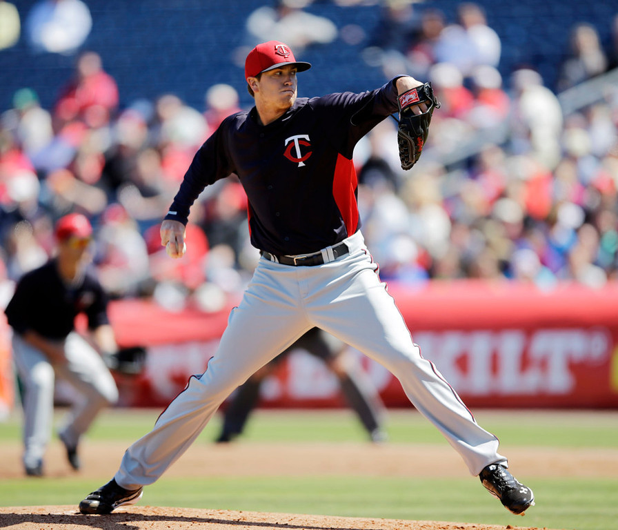 . Minnesota starter Kyle Gibson pitches in the first inning against the Phillies. (AP Photo/Matt Slocum)