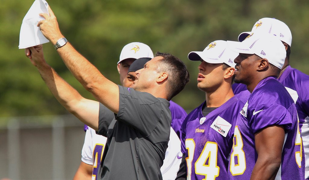 ". <p>1. MIKE PRIEFER <p>What convinced Vikings to keep special teams coach? We haven�t a Kluwe. (unranked) <p><b><a href=\'http://www.twincities.com/sports/ci_25078164/tom-powers-kluwe-vs-priefer-round-1-goes\' target=""_blank\""> HUH?</a></b> <p>   <p>OTHERS RECEIVING VOTES <p> Bob Costas� left eye, Charlie Sheen & Ashton Kutcher, toothpaste, Curt Schilling, Matt Cassel, Philip Seymour Hoffman, Clay Aiken, Shaun White, Bill Nye the Science Guy, Cris Carter, Jeff Jones, National Signing Day, Selena Gomez, Bill Clinton & Elizabeth Hurley, Los Angeles Lakers, DMX & George Zimmerman, Thursday Night Football, Jonathan Martin & Richie Incognito, Joakim Noah, Joe Namath�s coat, Duchess Kate, Jose Salvadore Alvarenga, George Zimmerman, David Cassidy, Denver Broncos, Tina Smith, Mikko Koivu, Sandra Fluke, Winnie Mandela, Jared Lorenzen, Ray Nagin, Tim Tebow, Rusty Gatenby, Jamie Casino�s Super Bowl ad. <p> <br><p> You can follow Kevin Cusick at <a href=\'http://twitter.com/theloopnow\'>twitter.com/theloopnow</a>.   (AP Photo/Genevieve Ross)"