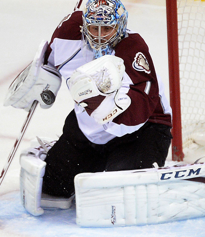. Colorado Avalanche goalie Semyon Varlamov deflects a puck during the first period.  (Pioneer Press: Sherri LaRose-Chiglo)