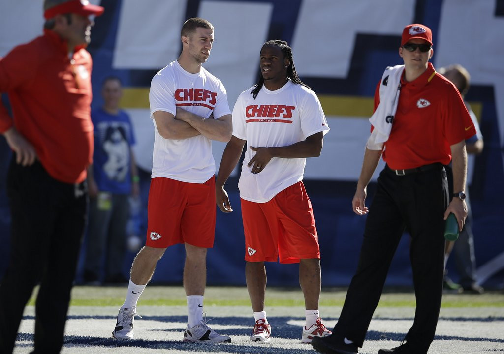 . <p><b> Chiefs at Colts (-2½):</b>  <p>Kansas City, which lost five of its last seven, raised eyebrows last weekend by resting most of its star players in the season finale, letting San Diego slip into the playoffs. But it will prove to be the perfect preparation for the Chiefs, because next week ALL of their players will be inactive. <p>Pick: <b>Colts by 5</b> <p>    (AP Photo/Lenny Ignelzi)