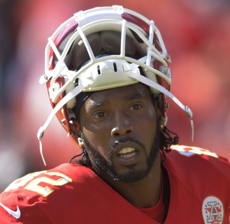 . <p><b> Chiefs at Broncos (-8):</b> Kansas City receiver Dwayne Bowe is expected to play Sunday despite his arrest on speeding and drug charges. Bowe�s situation is very similar to Jerome Simpson�s, because neither has ever scored a TD for the Vikings. Pick: <b>Broncos by 4</b> <p>    (AP Photo/Reed Hoffmann, File)