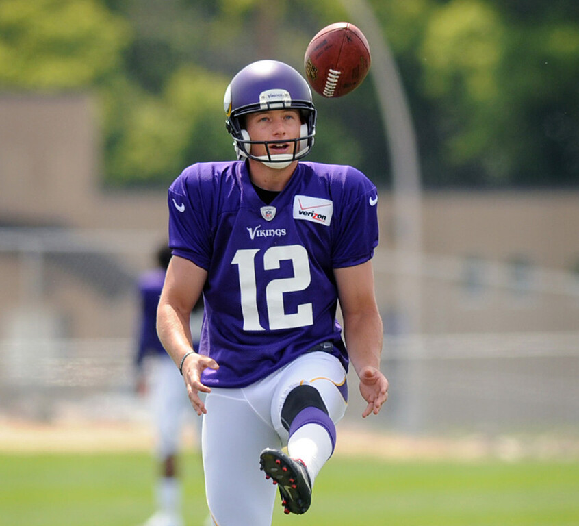 . Vikings punter Jeff Locke works on his technique during the final practice of training camp.  (Pioneer Press: Chris Polydoroff)