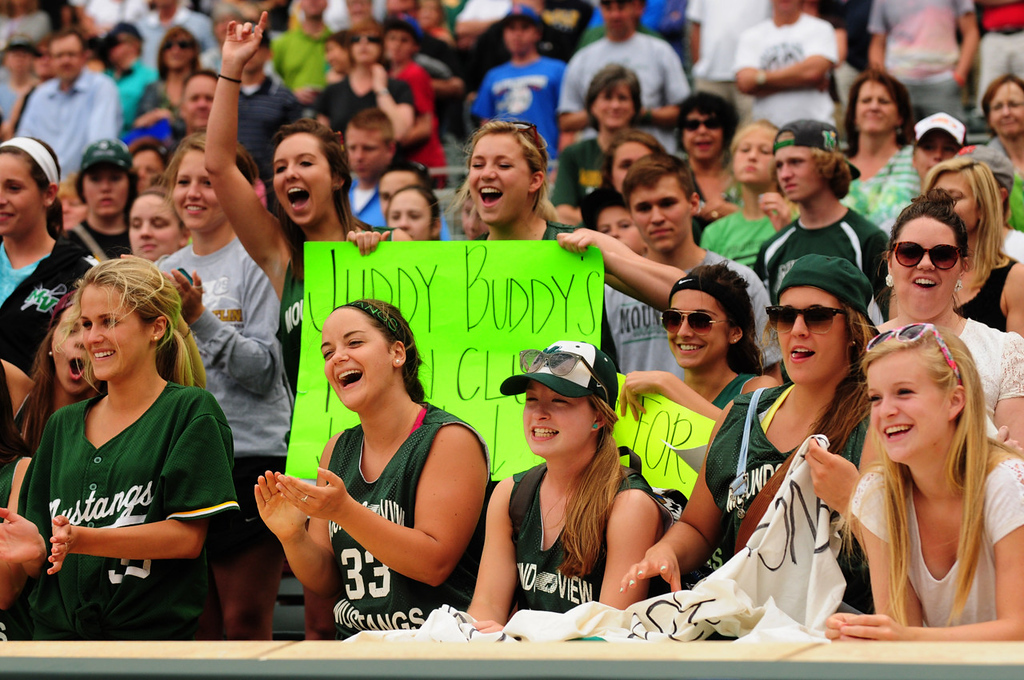 . Mounds View fans cheer for the Mustangs after their 8-0 win over Rocori.  (Pioneer Press: Scott Takushi)