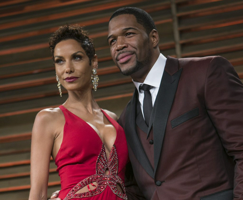 """. 10. (tie) MICHAEL STRAHAN & NICOLE MURPHY <p>Parting couple found it just too hard to juggle work and cheating schedules. (unranked) </p><p><b><a href=\""""http://www.people.com/article/michael-strahan-nicole-murphy-dating-other-people\"""" target=\""""_blank\""""> LINK </a></b> </p><p>    (Adrian Sanchez-Gonzalez/AFP/Getty Images)</p>"""