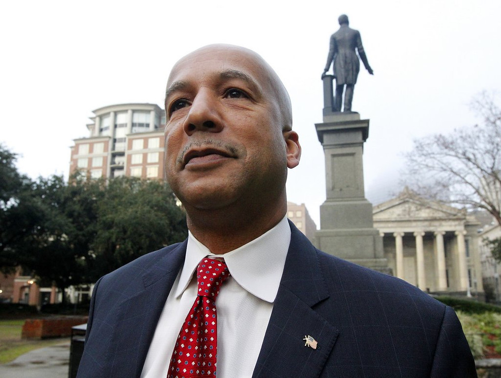 """. <p>6. (tie) RAY NAGIN <p>Katrina mayor�s conviction on 20 corruption charges no doubt the fault of George W. Bush. (unranked) <p><b><a href=\'http://www.nola.com/crime/index.ssf/2014/02/ray_nagin_trial_live_coverage_10.html\' target=\""""_blank\""""> HUH?</a></b> <p>    (AP Photo/Jonathan Bachman)"""