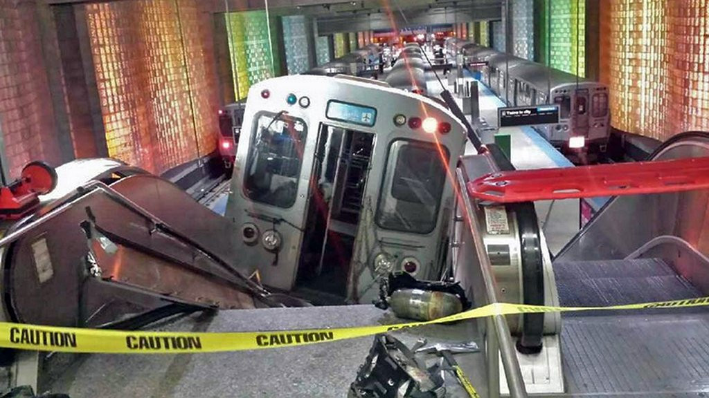 """. <p>2. CHICAGO <p>O�Hare train crash perfect metaphor for a city that jumped the tracks many years ago. (unranked) <p><b><a href=\'http://www.twincities.com/nation/ci_25407215/police-commuter-train-derails-at-chicago-airport?source=rss\' target=\""""_blank\""""> HUH?</a></b> <p>    (AP Photo/NBC Chicago, Kenneth Webster)"""
