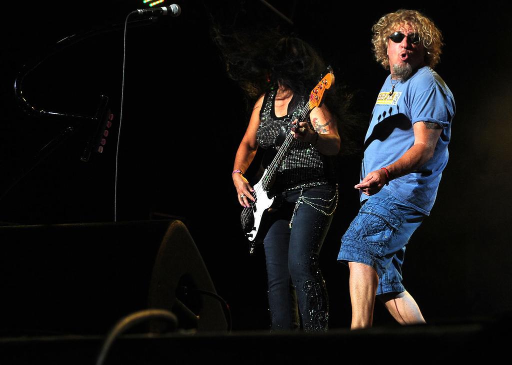 . Sammy Hagar performs as the wind whips bassist Mona Gnader\'s. (Pioneer Press: Sherri LaRose-Chiglo)