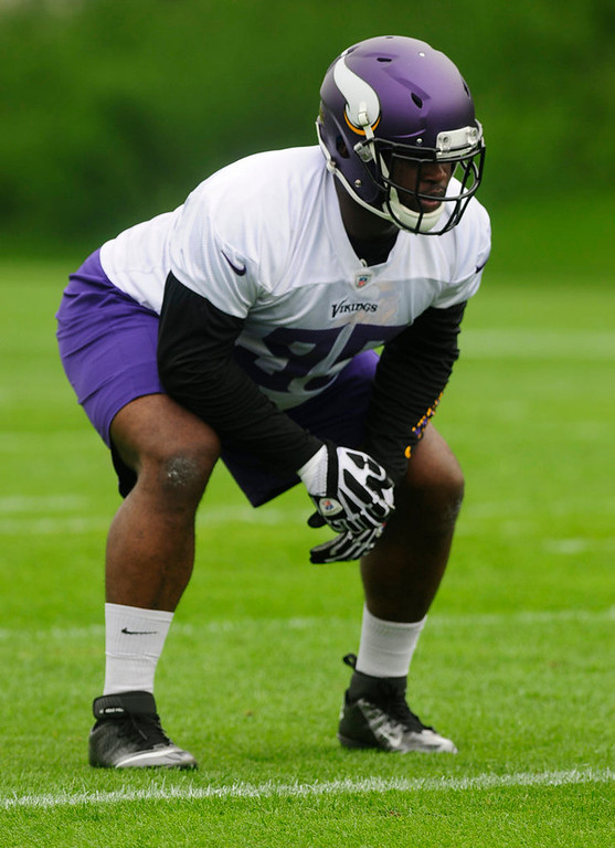 . Rookie defensive tackle Sharrif Floyd works out during the team\'s practice at Winter Park on Wednesday.  (Pioneer Press: Scott Takushi)