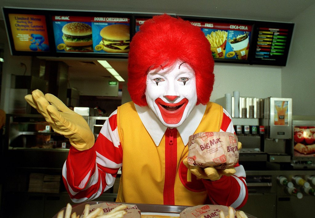 """. <p>10. (tie) McDONALD�S <p>When we worked at McDonald�s, we rarely sold heroin through the drive-thru. But that�s just us ... (previous ranking: unranked) <p><b><a href=\'http://www.twincities.com/national/ci_25020617/police-heroin-sold-pa-mcdonalds-happy-meals\' target=\""""_blank\""""> HUH?</a></b> <p>    (Nick Laham/Allsport)"""