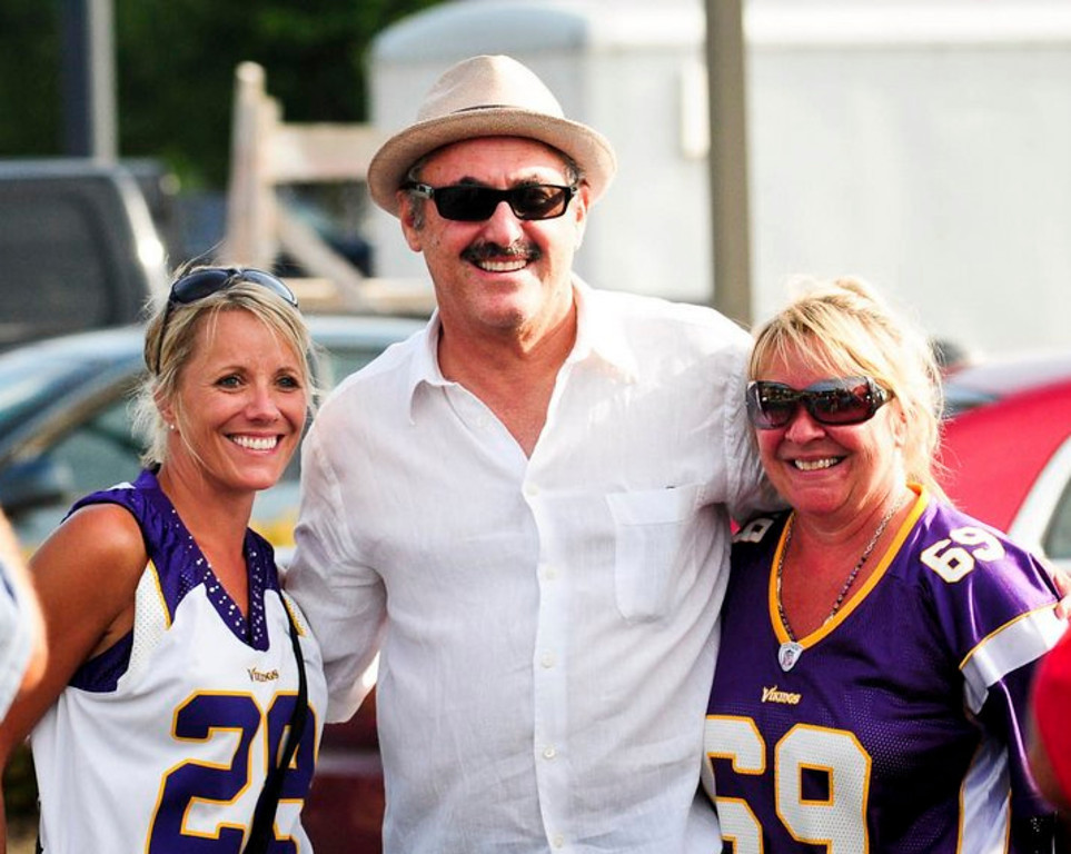 """. <p>5. (tie) ZYGI WILF <p>Vikings stadium construction will have to wait until we�re done with his cavity search. (unranked) <p><b><a href=\'http://www.twincities.com/localnews/ci_23924966/minnesota-vikings-stadium-timetable-get-updated\' target=\""""_blank\""""> HUH?</a></b> <p>    (Pioneer Press: Ben Garvin)"""