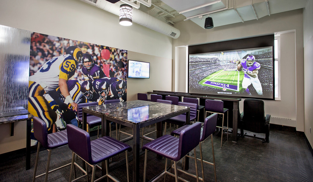 ". <p>4. VIKINGS STADIUM �PREVIEW CENTER� <p>Why come there to stare at a TV screen and pretend you�re in the stadium? You�ve been doing that at home for years. (1) <p><b><a href=\' http://www.twincities.com/vikings/ci_25227821/minnesota-vikings-preview-center-offers-look-at-new\' target=""_blank\""> HUH?</a></b> <p>    (Photo courtesy of Minnesota Vikings and Van Wagner Sports & Entertainment)"