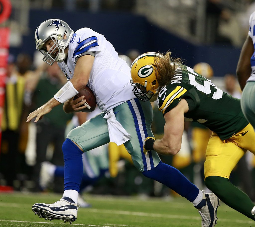 """. <p>2. (tie) TONY ROMO <p>Completed two of his last three passes. To Packers cornerbacks. (unranked) <p><b><a href=\'http://ftw.usatoday.com/2013/12/tony-romo-dallas-cowboys-green-bay-packers/\' target=\""""_blank\""""> HUH?</a></b> <p>    (AP Photo/Waco Tribune Herald/ Jose Yau)"""
