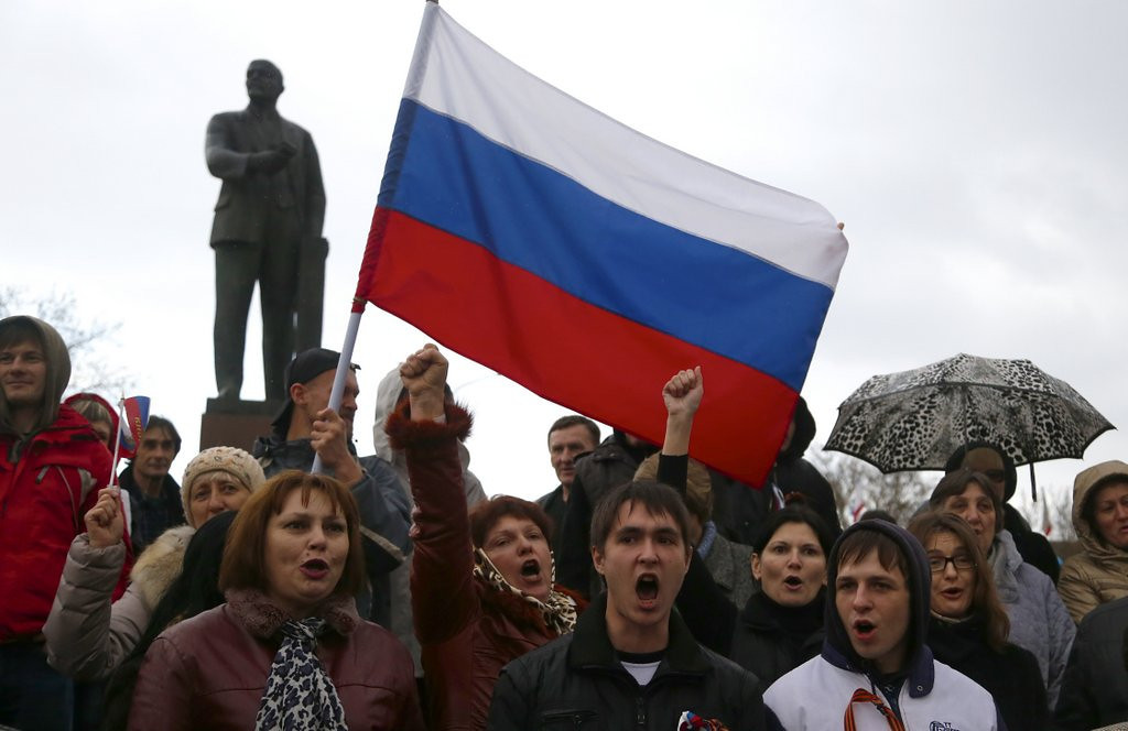 """. <p>3. CRIMEA <p>They�re not all Russian, but they�re eager and willing to learn. (unranked) <p><b><a href=\'http://www.washingtonpost.com/world/crimea-sets-referendum-on-joining-russia/2014/03/06/d06d8a46-a520-11e3-a5fa-55f0c77bf39c_story.html\' target=\""""_blank\""""> HUH?</a></b> <p>    (AP Photo/Sergei Grits)"""