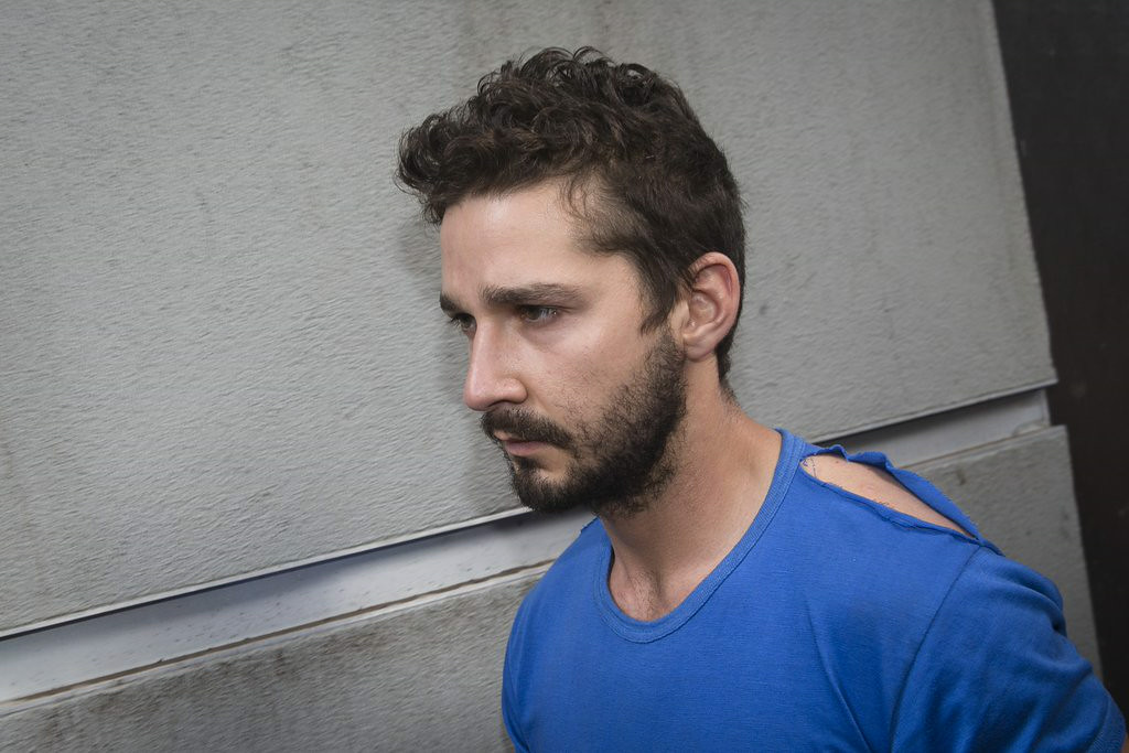 """. 4. SHIA LaBEOUF <p>Life IS a cabaret, old chum, after a dozen strawberry margaritas.   <p><b><a href=\'http://pagesix.com/2014/06/30/drugs-not-a-factor-in-shia-labeoufs-cabaret-meltdown/\' target=\""""_blank\""""> LINK </a></b> <p>    (AP Photo/John Minchillo)"""