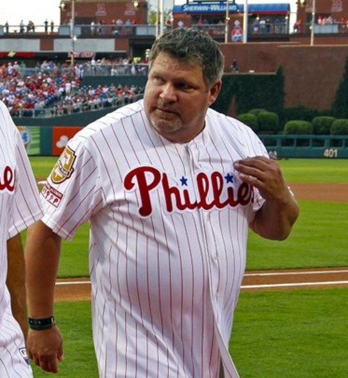 """. <p>4. JOHN KRUK <p>Hard to believe ESPN�s �dehydrated� analyst isn�t the picture of health. (unranked) <p><b><a href=\'http://www.usatoday.com/story/sports/mlb/2013/08/25/john-kruk-sunday-night-baseball-under-the-weather/2697731/\' target=\""""_blank\""""> HUH?</a></b> <p>    (Hunter Martin/Getty Images)"""