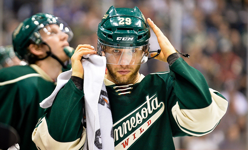 . Minnesota Wild right wing Jason Pominville puts his helmet back on during the third period. (Pioneer Press: Ben Garvin)