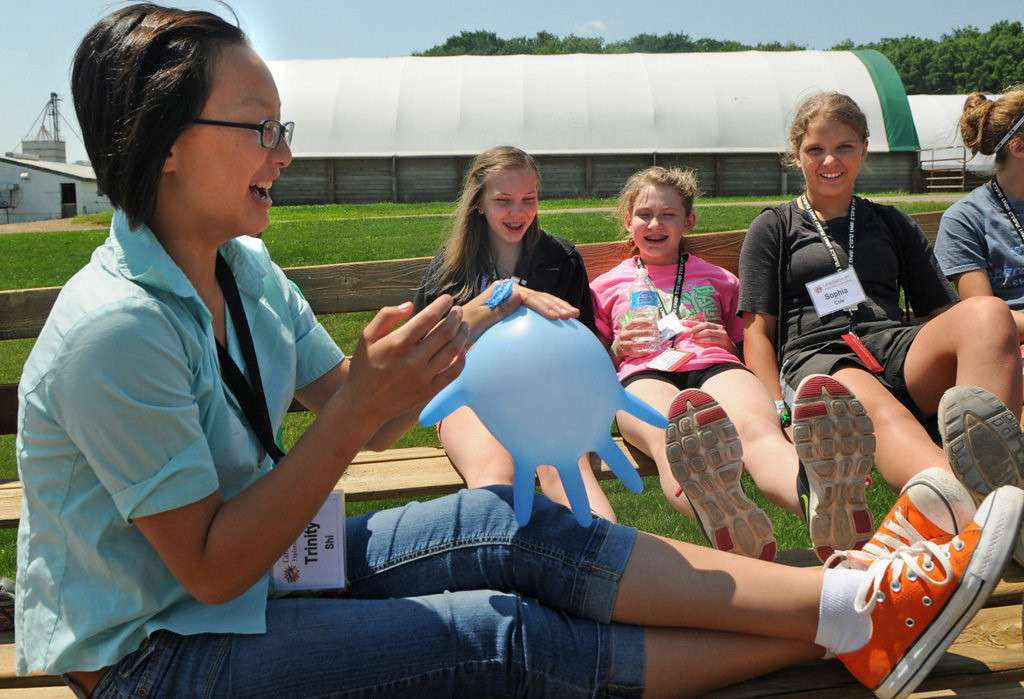 . Trinity Shi entertains students during a tour of Mann Valley Farm in River Falls, Wis. (Pioneer Press: Jean Pieri)