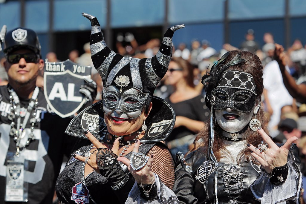 ". <p>9. OAKLAND <p>About to lose the Raiders to Los Angeles for a SECOND time. (unranked) <p><b><a href=\'http://losangeles.cbslocal.com/2014/02/26/raiders-owner-mark-davis-says-oakland-is-on-its-last-chance-to-keep-raiders/\' target=""_blank\""> HUH?</a></b> <p>    (Brian Bahr/Getty Images)"