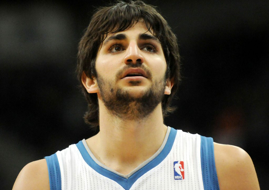 """. 1. RICKY RUBIO <p>Wants five-year max contract from Wolves. Talks will begin when Flip Saunders stops laughing. (unranked) </p><p><b><a href=\""""http://www.cbssports.com/nba/eye-on-basketball/24621951/report-ricky-rubio-wants-five-year-max-extension-from-wolves\"""" target=\""""_blank\""""> LINK </a></b> </p><p>   (Pioneer Press: Sherri LaRose-Chiglo)</p>"""