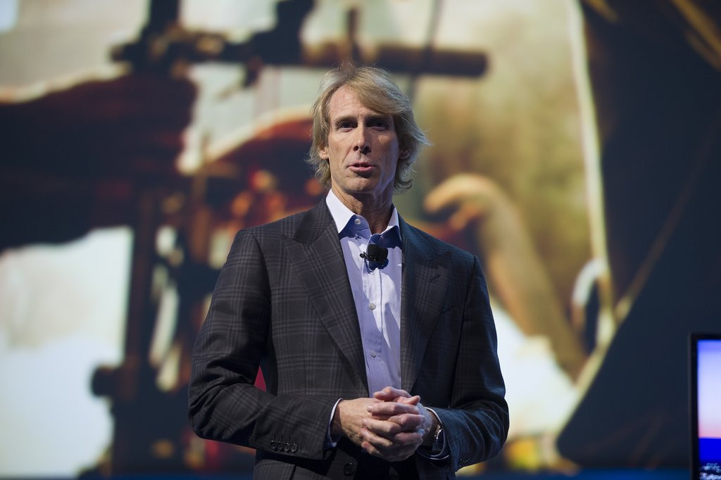 ". <p>9. MICHAEL BAY <p>Vegas meltdown shows Mr. Transformers is even more dependent on his teleprompter than, say, the president. (unranked) <p><b><a href=\'http://www.theverge.com/2014/1/6/5281542/watch-michael-bay-melt-down-onstage-at-ces\' target=""_blank\""> HUH?</a></b> <p>   (David Paul Morris/Bloomberg)"