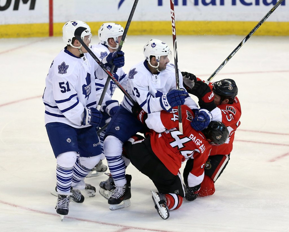 """. <p>3. CANADA <p>Has only one more NHL playoff team than Iraq, North Korea and Galapagos Islands. (unranked) <p><b><a href=\'http://globalnews.ca/news/1265781/what-the-world-looked-like-the-last-time-only-1-canadian-team-made-the-nhl-playoffs/\' target=\""""_blank\""""> HUH?</a></b> <p>    (AP Photo/The Canadian Press, Fred Chartrand)"""