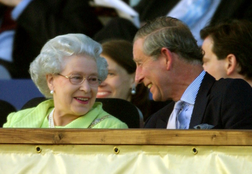 """. <p><b><a href=\'http://www.thedailybeast.com/articles/2013/08/01/queen-s-speech-in-event-of-nuclear-war-revealed.html\' target=\""""_blank\""""> The British government last week released the text of a haunting 1983 speech that would have been read by Queen Elizabeth in the event of � </a></b> <p> <b>A. Nuclear War </b> <p><b> B. The loss of the Falkland Islands </b> <p> <b>C. Prince Charles� gender switch </b> <p> --------------------------------------------     (Alistair Grant/AFP/Getty Images)"""