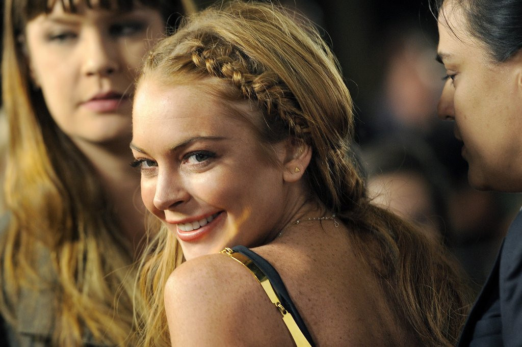 """. <p>29. LINDSAY LOHAN <p>Got Paris Hilton�s brother beaten up, so year wasn�t a total loss. <p><b><a href=\'http://www.nydailynews.com/entertainment/gossip/barron-hilton-lawyer-contacts-police-alleged-attack-article-1.1545777\' target=\""""_blank\""""> HUH?</a></b> <p>   (Chris Pizzello/Invision/AP, File)"""
